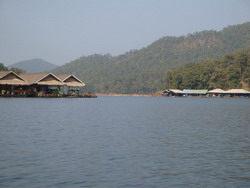 Fishing in Maengat lake chiangmai